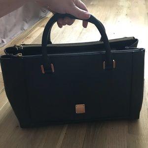 MCM - EUC Leather Tote Bag w/ Long Strap 👜